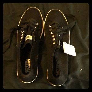 Black & White Casual Sneaks-NEVER WORN